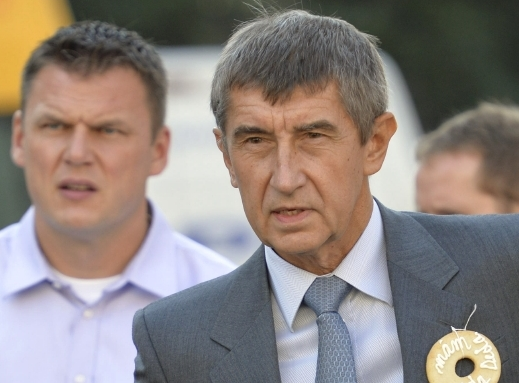 """KOUČ. """"Domluvím se s řezníky z Kostelce, domluvím se i s hráči,"""" říká Andrej Babiš."""